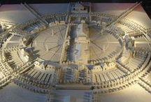 CLAUDE LEDOUX / Claude-Nicolas Ledoux (* 21. März 1736 in Dormans, Département Marne; † 18. November 1806 in Paris) war ein klassizistischer französischer Architekt, der zahlreiche öffentliche und private Bauvorhaben ausführte. Er entwarf aber auch völlig utopische Bauten und gilt als einer der Hauptvertreter der französischen Revolutionsarchitektur.