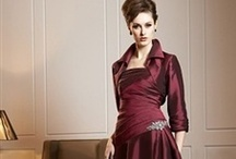 OI Mother Of The Bride Dresses / Treat your mom to a beautiful new dress to wear at your wedding! She'll love the comfortable, yet chic styles on offer here which are tailored perfectly for moms everywhere! / by OuterInner.com | Dresses, Bridal Wear, Weddings & More!