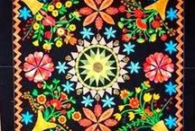 Quilt ~ Applique / Ideas and inspirations for quilts that are predominantly hand or machine appliqued.  / by Marti Anderson