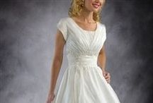 OI Modest Wedding Gowns / Some brides would prefer a modest wedding gown, and if that's you then dive into this board and see many elegant and modest styles that are sure to please you!