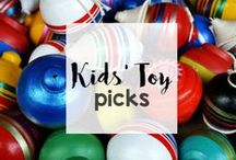 Kids' Toy Picks / What's hot in toys and games? What's the best selling doll, car, or train set? Look right here for all of the year's hottest toys.