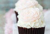 I like to Think Sweets Make Me Sweeter / by Yvonne Loya