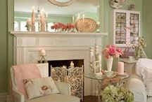 Shabby Chic Decor / by Patricia Edsall Hartley