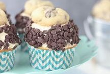 The Best Cupcake Recipes! / All the BEST Cupcake Recipes from your favorite food bloggers. This board features recipes baked from scratch or using a cake mix.