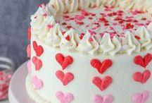 Valentines Day Recipes and Ideas / Plenty of recipes and crafts featuring Valentine's day ideas