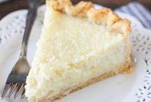 Pies and more Pies / Drolll-worthy pie recipes from your favorite food bloggers.