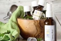 Transform Travel | Explore / Whether traveling for business or pleasure, the journey can sometimes be stressful and tiring. Transform your travel experience with essential oils by diving into recipes, tips and more that will help you figure out exactly what to pack. https://www.auracacia.com/community/be-inspired/transform-travel-with-essential-oils
