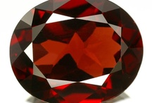 January Birthstone: Garnet / by King Jewelers