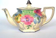 Teapots / by Jean Bledsoe
