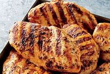 Chicken & Turkey Recipes / by Rhonda Eskew