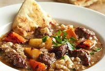 Soups & Stews / by Rhonda Eskew