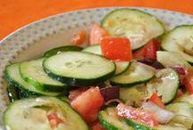Salads, Slaws & Salsa / by Rhonda Eskew