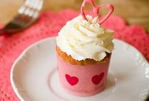 Cupcakes! / by Kari Corbett