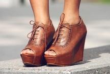 Shoes / by Mafalda Maf