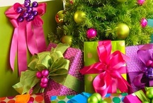 GIFT WRAPPINGS / by Stacie Laudermilk