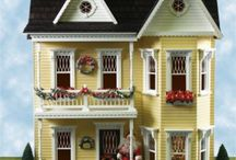 Sweet Dollhouses / Adorable Dollhouses and Amazing Miniatures / by Gina Aytman