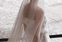 Wedding Head Pieces and Veils / Stunning and sweet head pieces and hair accessories for your wedding ensemble.