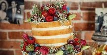 Naked and Semi-Naked Wedding Cakes / Naked and Semi-Naked Wedding cakes are a unique take on the traditional wedding cake. Find Ideas, get inspiration, and figure out the best way to make your perfect wedding cake.