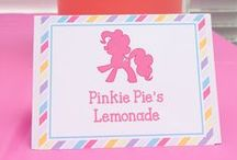 My Little Pony Birthday Ideas / Our favorite My Little Pony birthday ideas including free My Little Pony invitations, decorations, food & favors!
