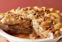 American Pie / Who can't resist the sweet taste of an all American food? / by Janine Renberg