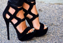 Never have enough... SHOES / Carrie Bradshaw kinda love for shoes. / by stephanie laurin