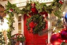 Christmas Doors / by Janine Renberg