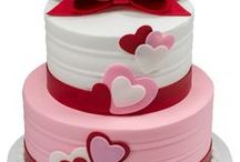 Sweets for Your Sweetie / Make Valentine's Day even sweeter with romantic cake designs for your bakery.