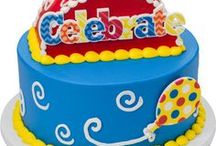 Teen Central / Stay on trend with the latest, and most popular, cake designs for tweens and teens. Includes Sweet 16, Quinceñera, Monster High, and more.