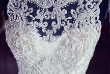 Wedding ideas / by Hannah Hollander