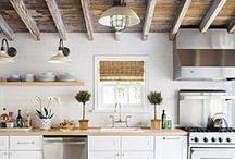Kitchens / Wood & black&white