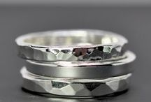 Rings / Beautiful rings, mainly silver