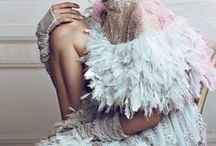 Feathers... / Feathers in fashion