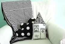 Notsewstrange / Modern baby quilts and nusery decor