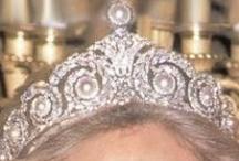 Dueling Tiaras :: Mandy's Royalty