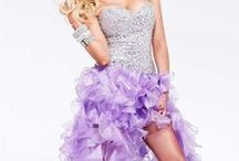 Dresses / Dresses for Homecoming and Prom / by Ashley Venneman