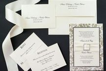 Gold Leaf Wedding / See how you can incorporate a gold flourish or leaf pattern into your wedding starting with fabulous invitations!