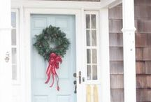 **Holiday Cheer** / No matter how you celebrate, we love some good holiday decor!