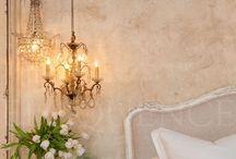 chandeliers,lanterns&lights