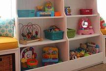 Children's rooms / by Julie Jordão