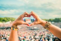 Your ideal music festival? / What is your ideal summer festival and what can you not imagine it without? Music, fashion, feeling... Share your inspirations with us.