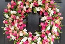 Wreaths / by JulieChats