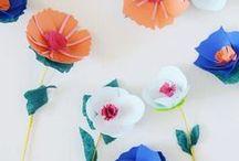 [ DIY ] Fleurs and flowers / Toutes les manières pour faire de jolies fleurs en papier, en plastique ou en tissus....pour customiser vos accessoires, votre déco, vos cadeaux.....