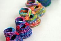 Baby Shower Knitting / Quick &/or simple knits for baby showers