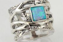Jewelry I Love!! / Pieces of jewelry I love  / by Police_Wife