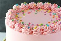 Sweet Treats / Delicious and Beautiful Cakes