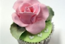 Cupcakes Therapy / Baking cupcakes helps me relax...I could spend my days cooking cupcakes and try new recipes...