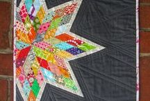 Sewing {Quiltastic} / Triangles, hexies, and squares! Oh my! I love quilts and quilting! Here you will find my quilt inspirations as well as quilts I've made.