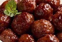 Meat and veggie balls / by Jean Walsh-Baquero