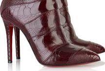 Botas Burgundy / Inspiração de moda  Looks botas no tom burgundy Post especial no www.makeupatelier.com.br  botas, ankle boot, moda, looks, burgundy, vinho