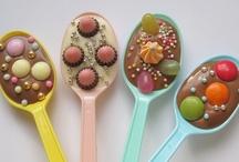 Food: Delish Desserts! / by Kaylah Markham